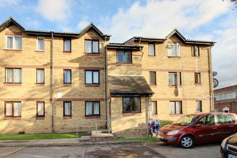 Property for rent in Dunnock Close, London