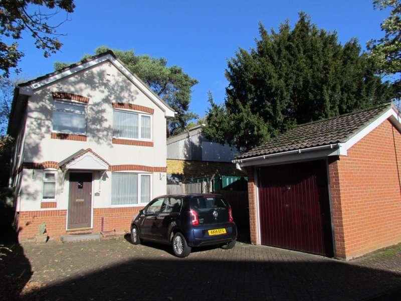 3 Bedrooms Detached House for sale in Friends Avenue, Cheshunt, EN8