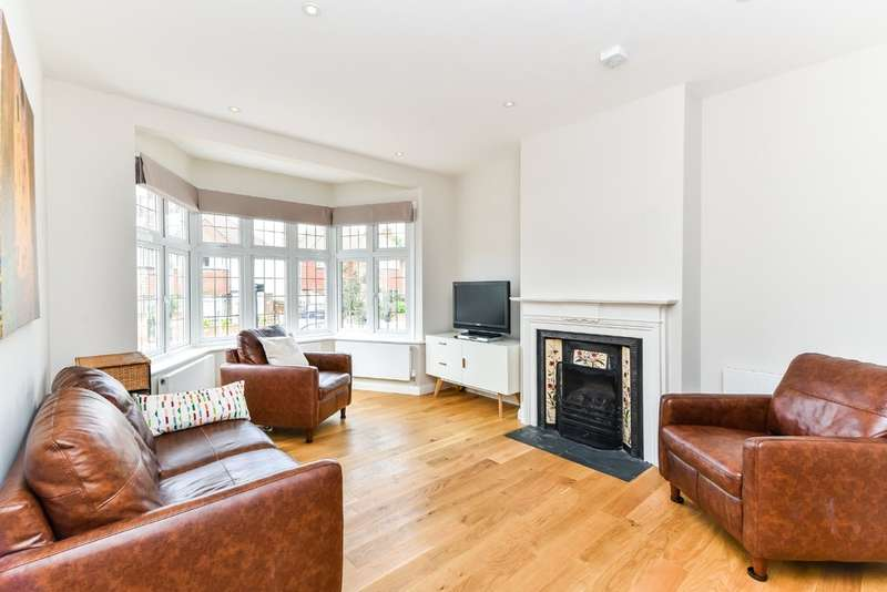 4 Bedrooms Terraced House for rent in Acland Crescent, London