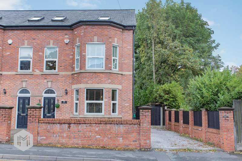 5 Bedrooms Semi Detached House for sale in Worsley Road, Swinton, Manchester, M27