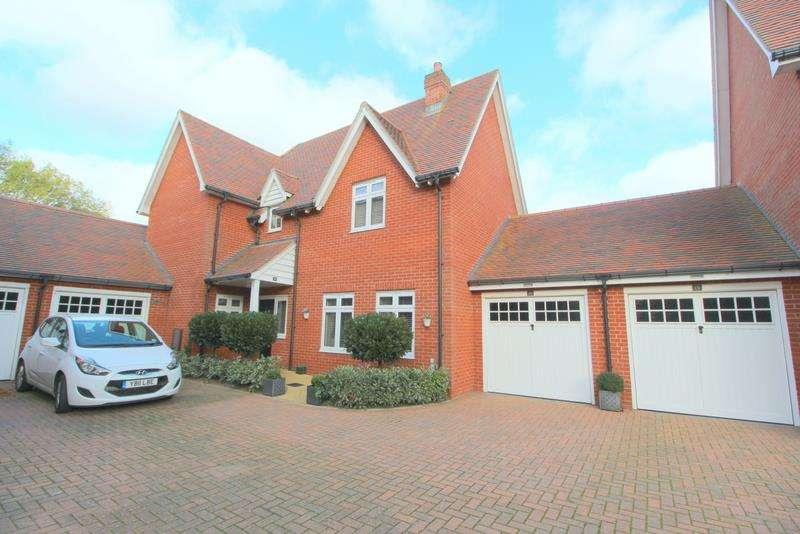 3 Bedrooms House for sale in Cravenwood Close, Weeley, CO16 9DG