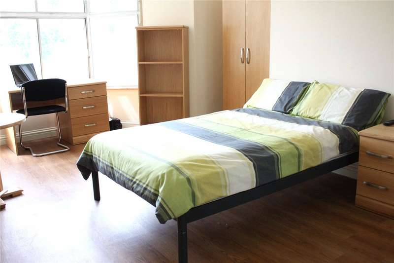 1 Bedroom Apartment Flat for rent in Highfields Road, Huddersfield, HD1