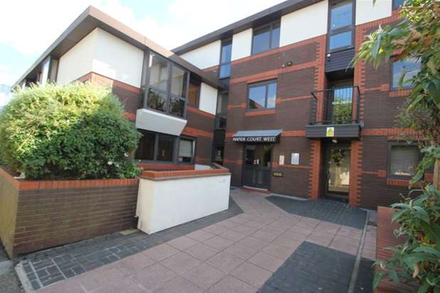1 Bedroom Property for sale in Gordon Place, Southend on Sea