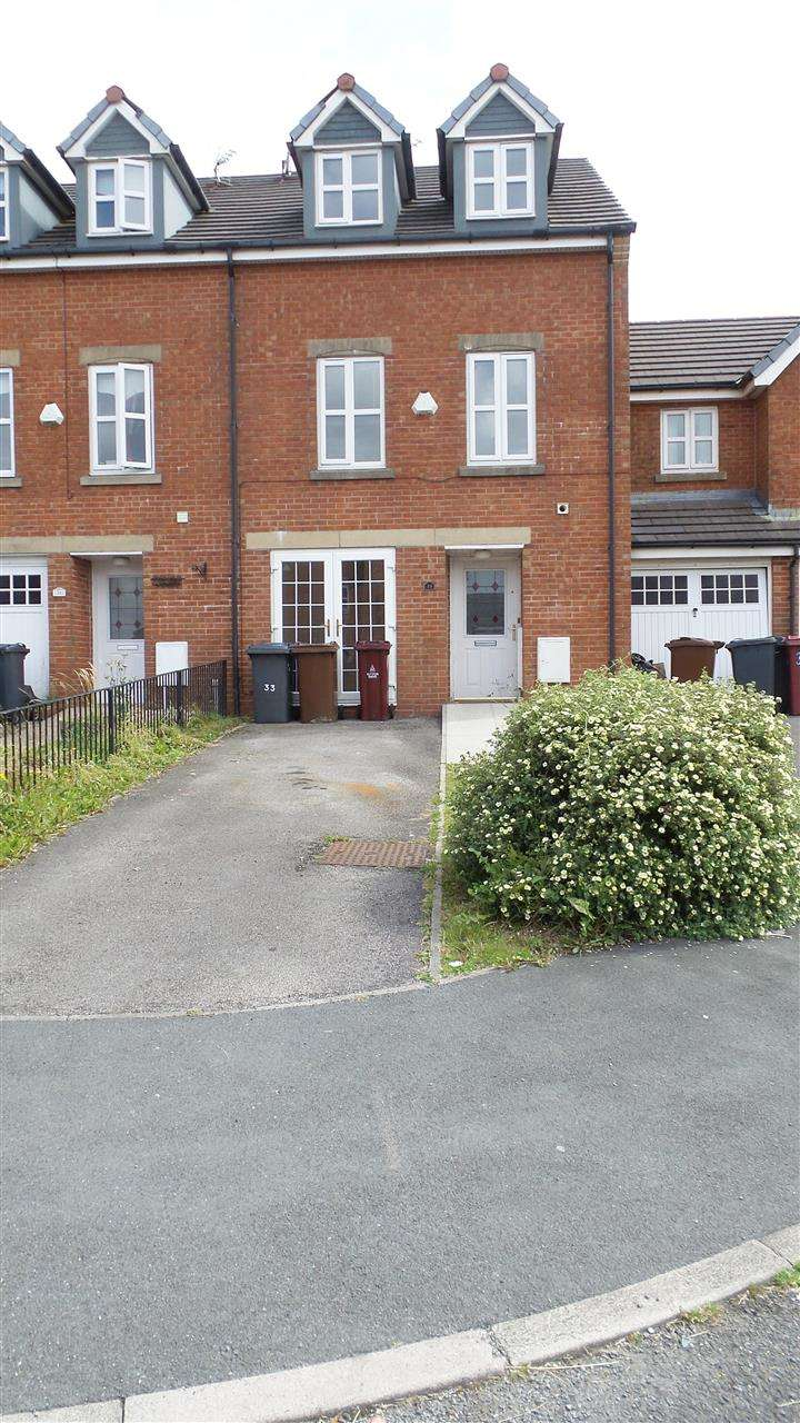 4 Bedrooms Mews House for rent in Besant Close, Blackburn