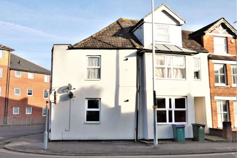 2 Bedrooms Flat for rent in Radnor Park Road, Folkestone, CT19