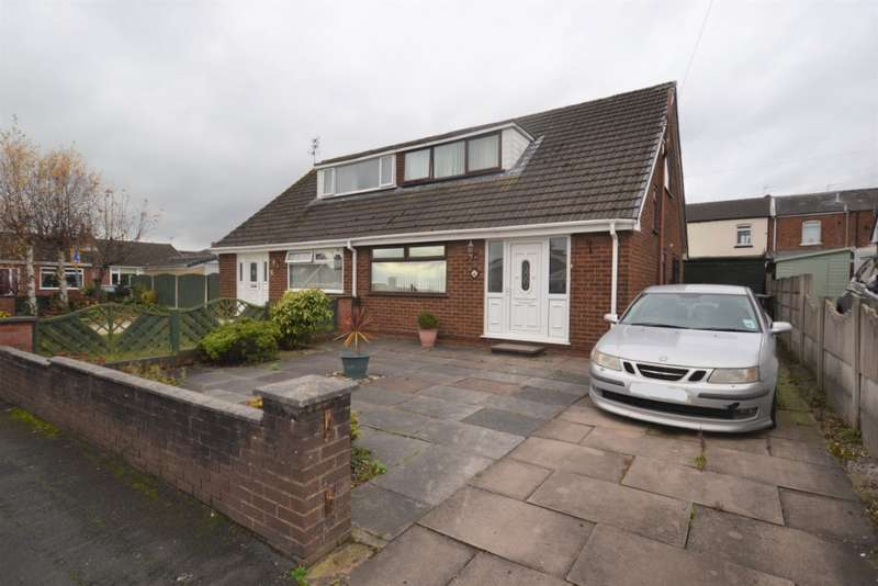 3 Bedrooms Bungalow for sale in Chelmsford Drive, Hawkley Hall, Wigan, WN3 5JY