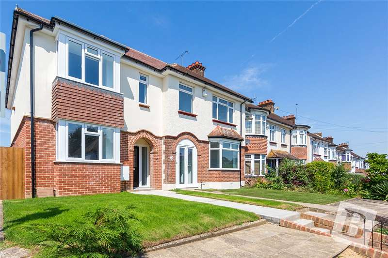 3 Bedrooms End Of Terrace House for sale in Singlewell Road, Gravesend, Kent, DA11