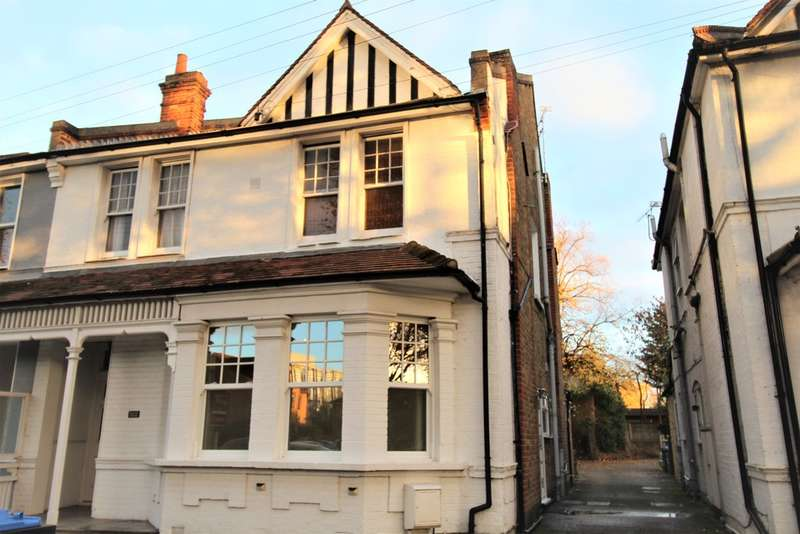 1 Bedroom Flat for rent in Avenue Road, Staines-upon-Thames