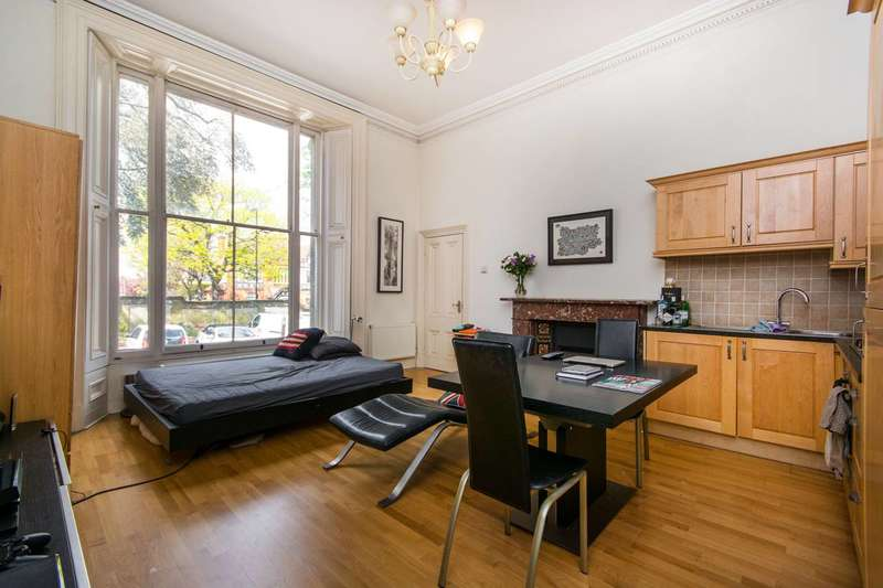 Studio Flat for sale in West Hill, Putney, SW15