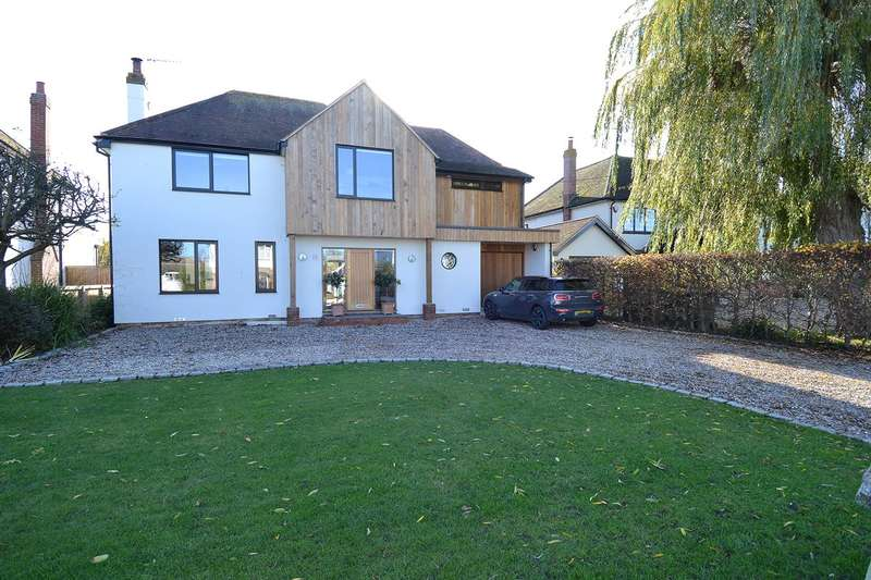 4 Bedrooms Detached House for sale in Longtye Drive, Chestfield, Whitstable