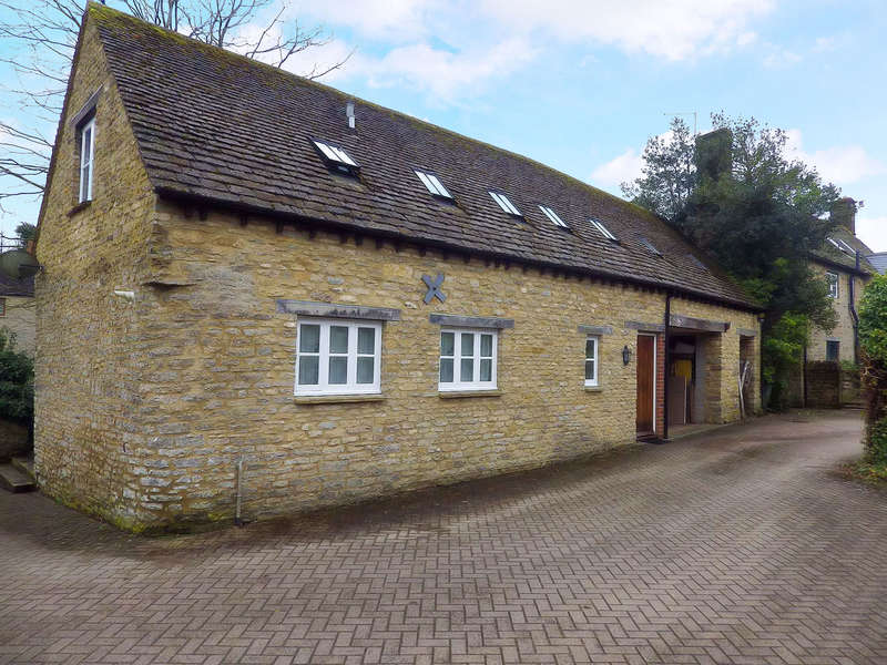 2 Bedrooms Cottage House for rent in High Street, Finstock, Oxfordshire