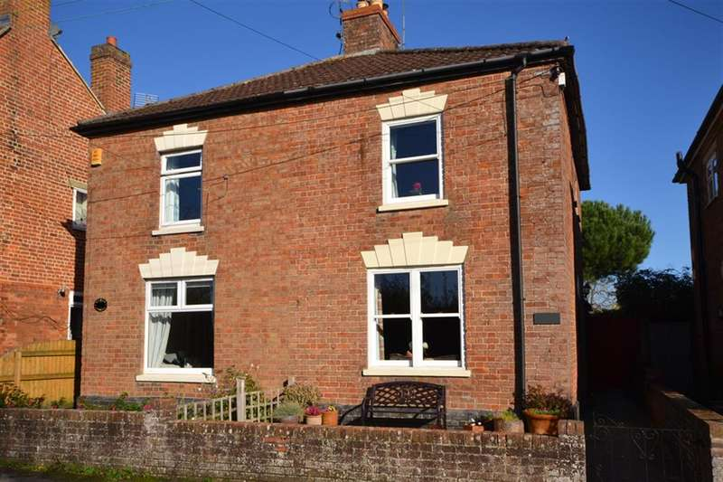 2 Bedrooms Semi Detached House for sale in Purton, Berkeley, GL13 9HP