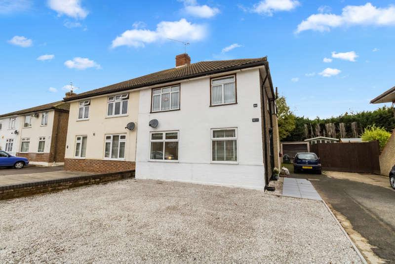 2 Bedrooms Maisonette Flat for sale in River Way, Loughton IG10
