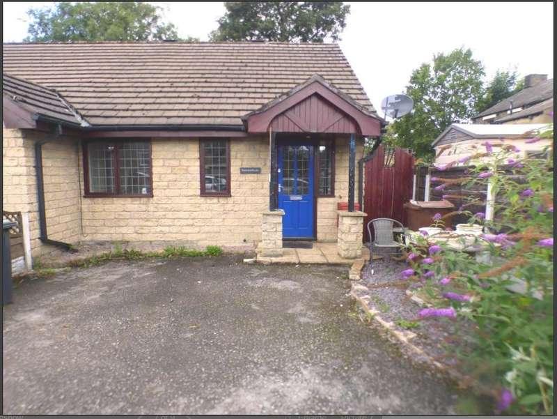 2 Bedrooms Bungalow for rent in Primrose Terrace, , , SK13 8EJ