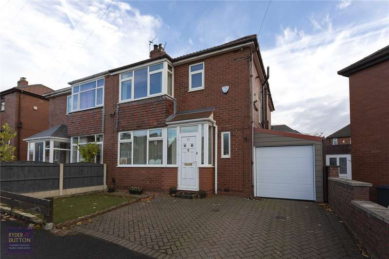 4 Bedrooms Semi Detached House for sale in Lindale Avenue, Thornham, Royton, OL2