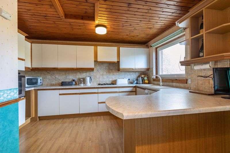3 Bedrooms Property for sale in 29 Balnakiel Terrace, Galashiels