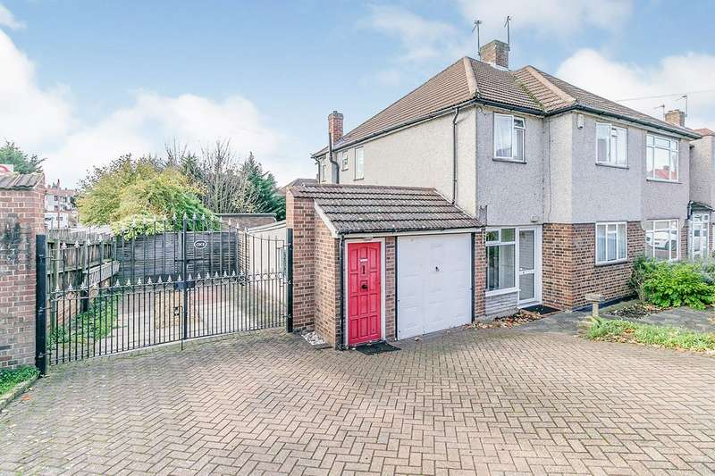 3 Bedrooms Semi Detached House for sale in Brasted Close, Bexleyheath, DA6