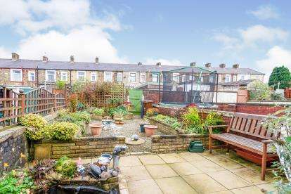 2 Bedrooms Terraced House for sale in Sheridan Street, Nelson, Lancashire, BB9