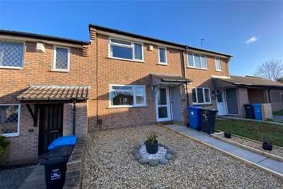 3 Bedrooms House for rent in Henbury Close, Canford Heath