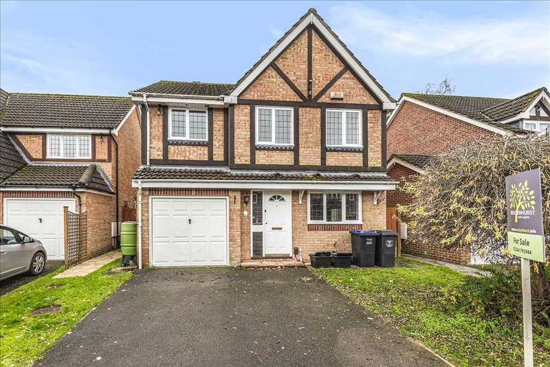 4 Bedrooms Detached House for sale in Clover Gardens, Ludgershall