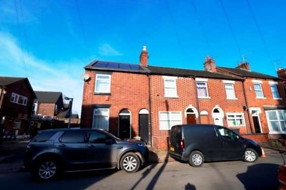 4 Bedrooms Property for rent in Shaw Street, Newcastle-Under-Lyme, Newcastle-Under-Lyme