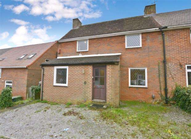 4 Bedrooms Semi Detached House for sale in Battery Hill, Winchester