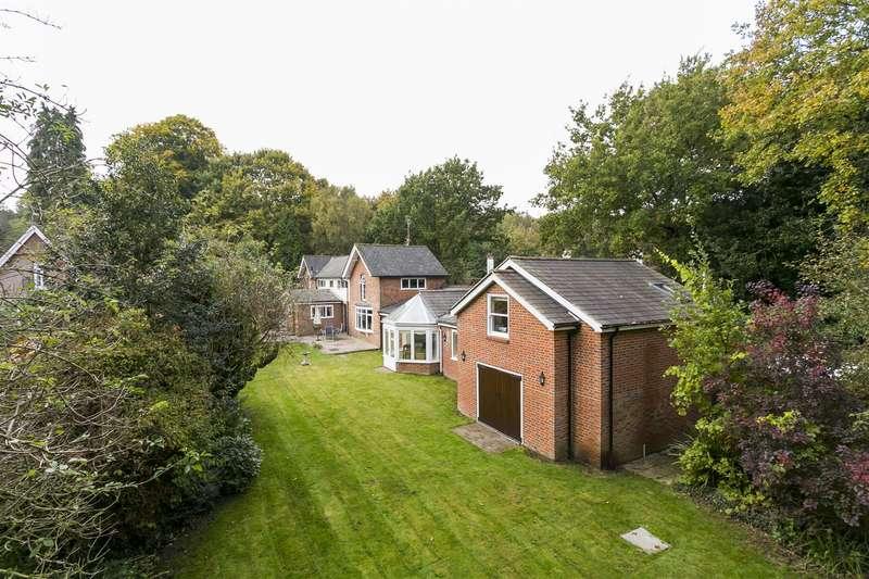 4 Bedrooms Detached House for sale in Seven Mile Lane, Borough Green, Sevenoaks