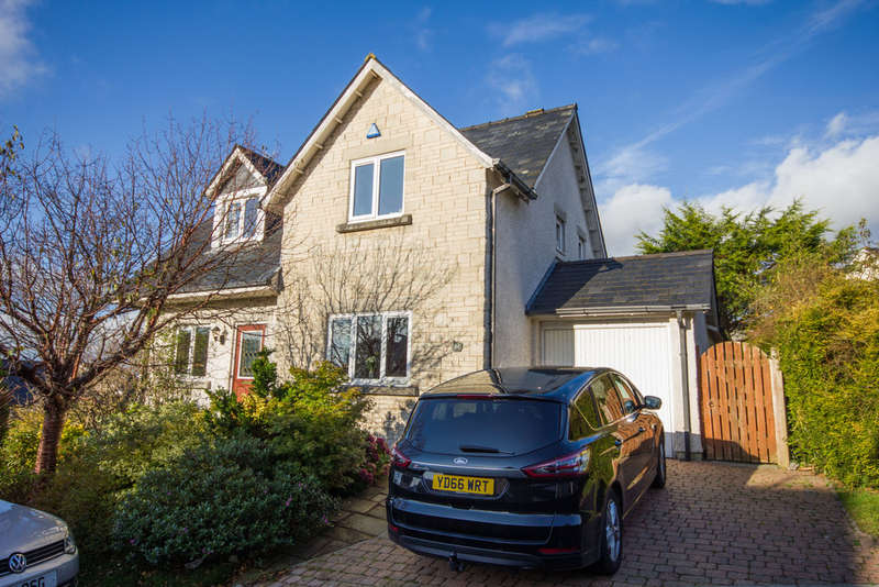 3 Bedrooms Detached House for sale in Morewood Drive, Burton, Carnforth