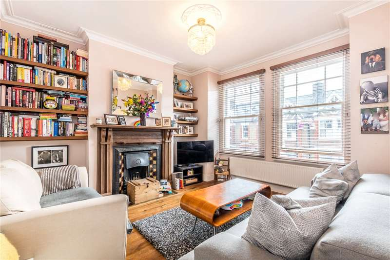 2 Bedrooms Flat for rent in Surrey Road, Nunhead, London, SE15
