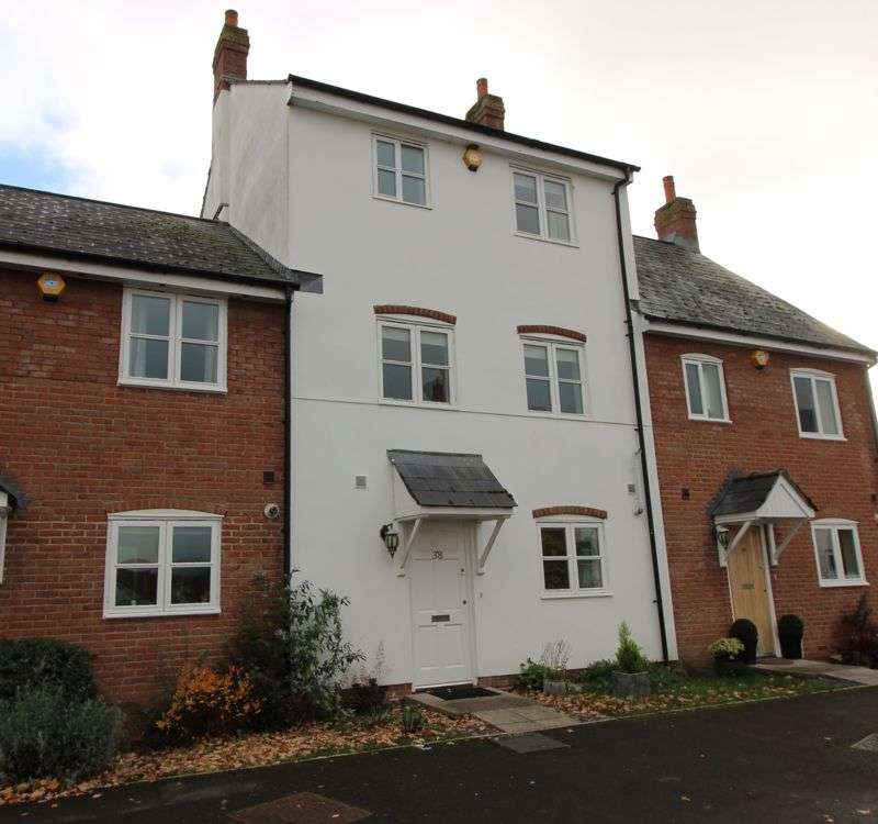 3 Bedrooms Property for rent in Monnow Keep Monmouth