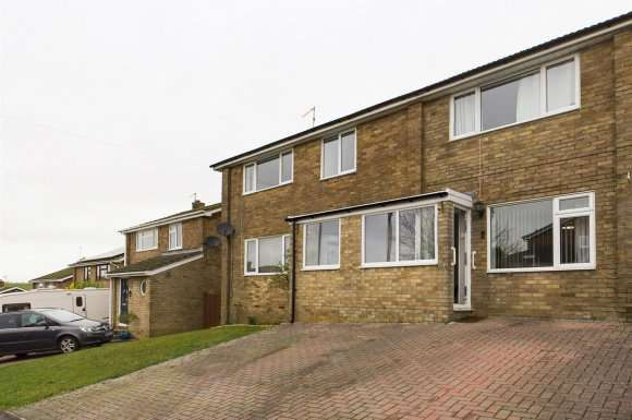 5 Bedrooms Property for sale in Kenilworth Road, Basingstoke