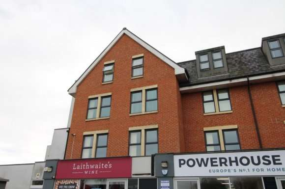 2 Bedrooms Flat for rent in Scarrington Road, West Bridgford, NG2