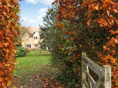 5 Bedrooms Detached House for sale in Grange Park, Somerford Keynes, Cirencester
