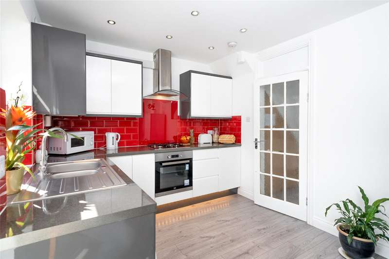 4 Bedrooms End Of Terrace House for rent in Rushden Gardens, Mill Hill, NW7