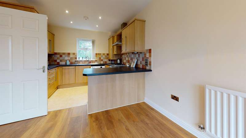 2 Bedrooms Flat for rent in Hartburn Mews, Stockton-On-Tees