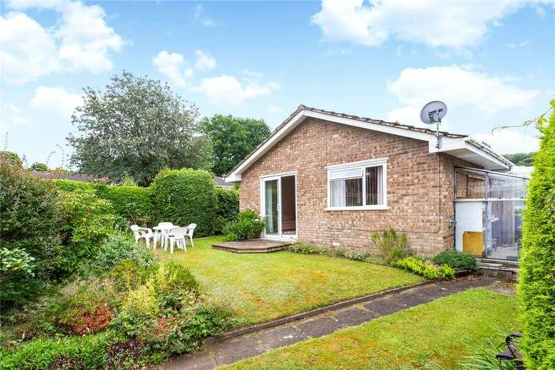 3 Bedrooms Detached Bungalow for sale in Pound Close, Headley, Hampshire, GU35