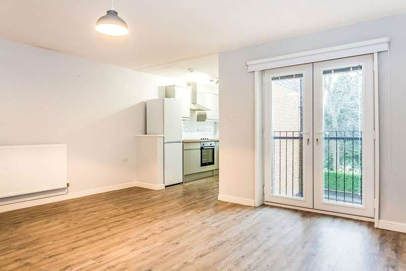 2 Bedrooms Flat for rent in Toward Road, Sunderland, SR1