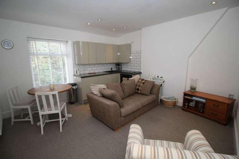1 Bedroom Flat for rent in Chapel Street, Glossop, SK13