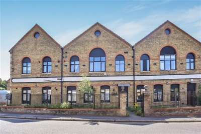1 Bedroom Flat for rent in Homesdale road, Bromley, BR1