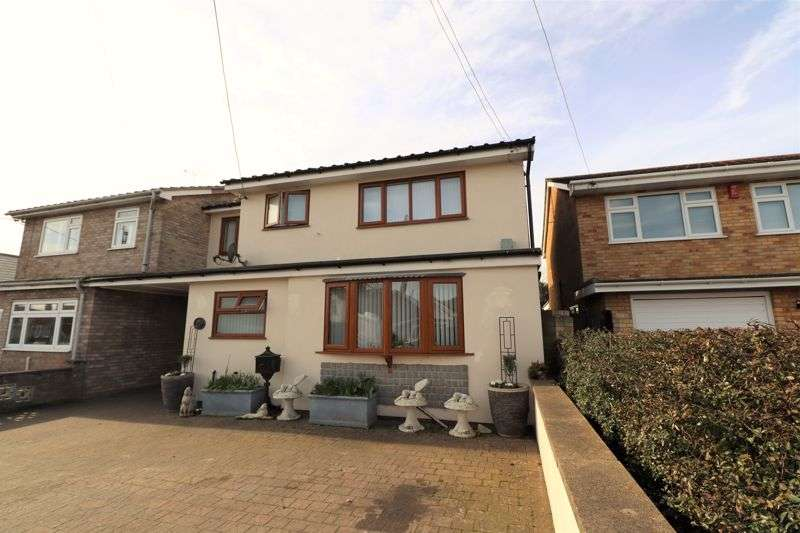 5 Bedrooms Property for sale in St. Clairs Road, St. Osyth