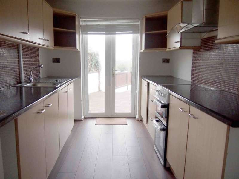 3 Bedrooms End Of Terrace House for rent in Pencae Terrace, Llanelli, SA15