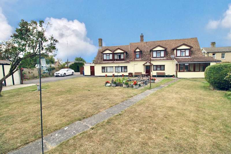 4 Bedrooms Detached House for sale in South Street, LITLINGTON, Royston, SG8