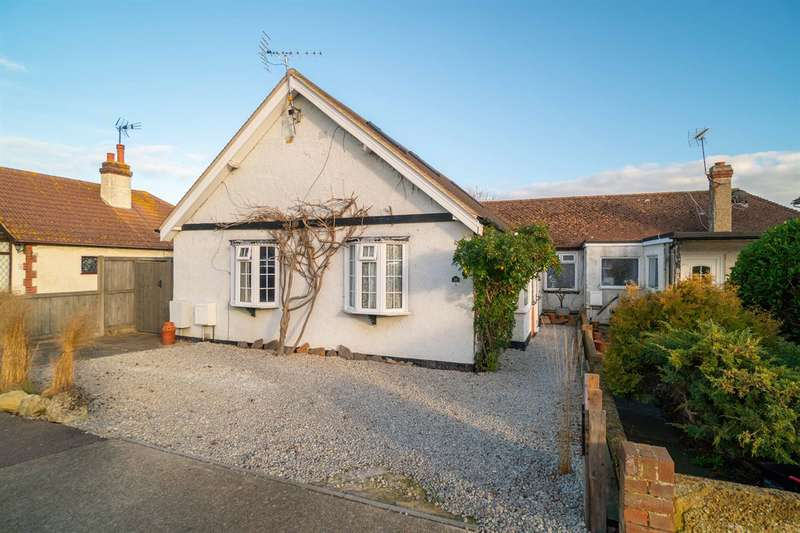 3 Bedrooms Detached Bungalow for sale in Pier Avenue, Tankerton, Whitstable