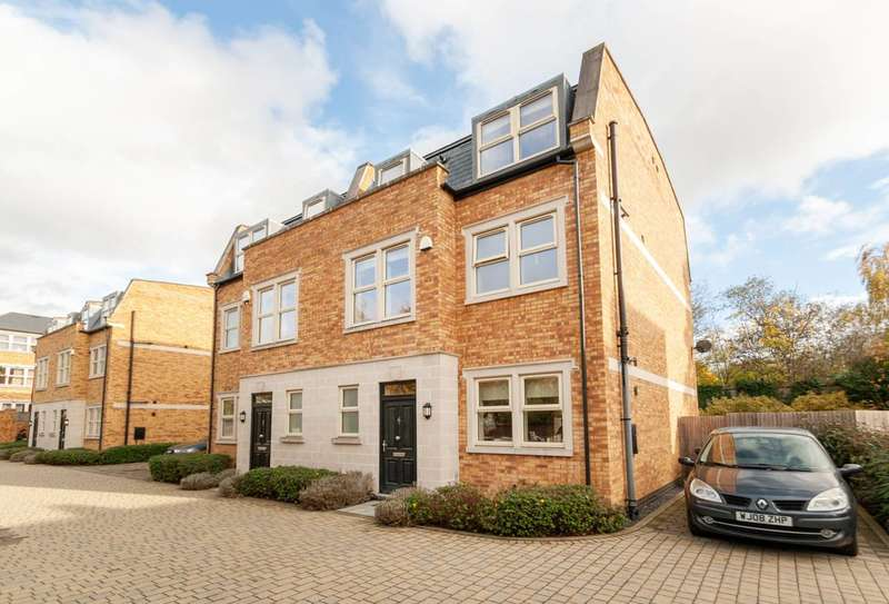 4 Bedrooms Semi Detached House for rent in Hepburn Place, Acton, W3