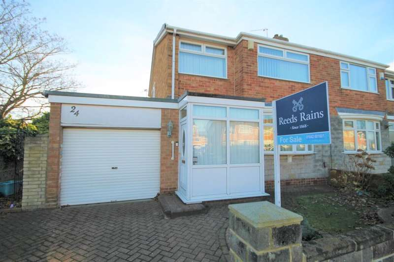 3 Bedrooms Semi Detached House for sale in Bader Avenue, Thornaby, Stockton-On-Tees, TS17