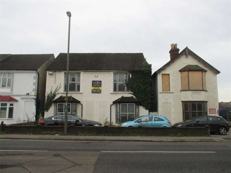 Office Commercial for rent in Balcombe Road, Horley, RH6