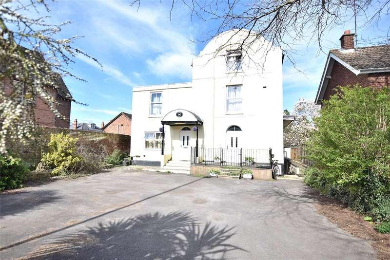 6 Bedrooms Detached House for sale in London Road, Gloucester, Gloucestershire, GL1