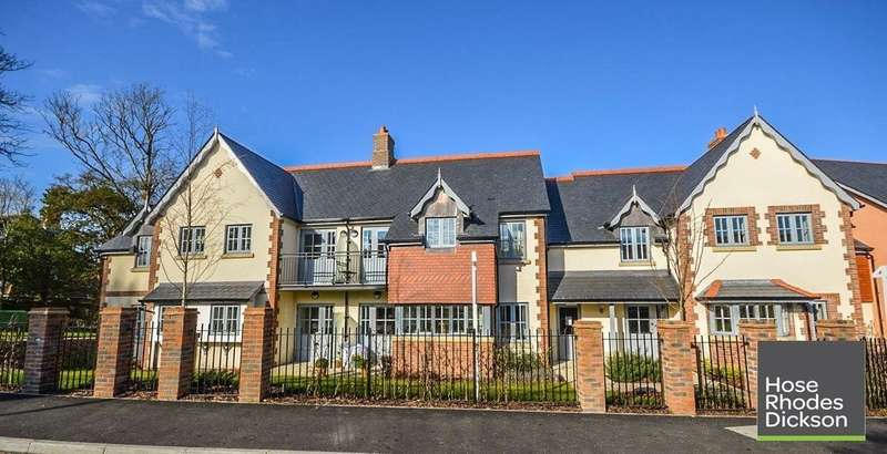 2 Bedrooms Flat for sale in Church Road, Bembridge