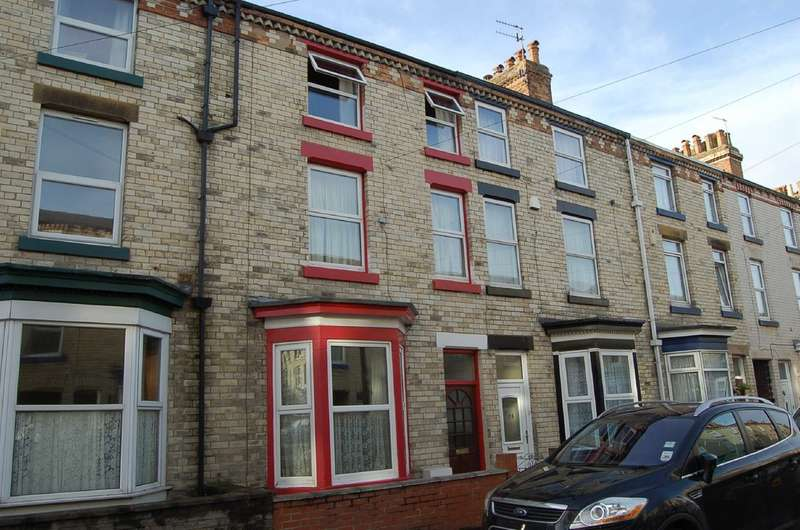 4 Bedrooms Terraced House for rent in Commercial Street, Scarborough
