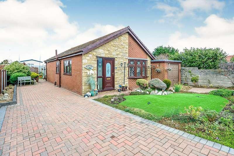 2 Bedrooms Detached Bungalow for sale in Moel View Road, Gronant, Prestatyn, Flintshire, LL19